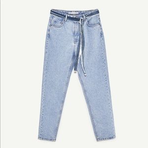 Zara Modern Mom Light Wash Ankle Length Denim Pant